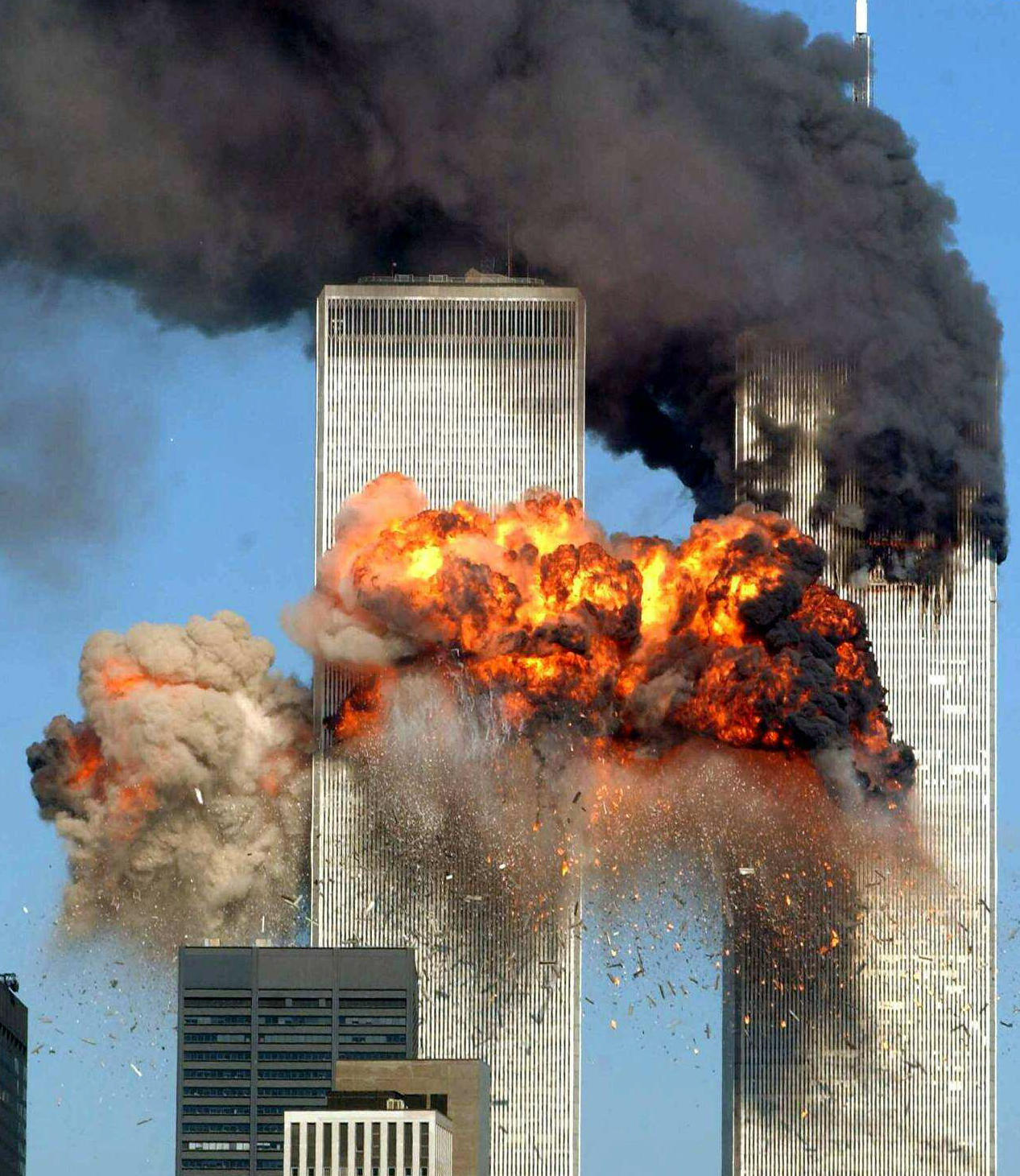 Picture of Twin Towers on 9/11